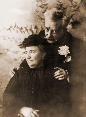 Chueca and his wife Teresa (self-portrait, 1902)
